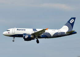 じーく。さんが、成田国際空港で撮影したオーロラ A319-111の航空フォト(飛行機 写真・画像)