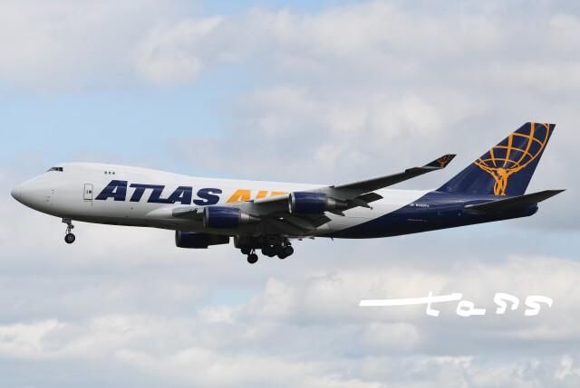 航空フォト:N450PA アトラス航空 747-400