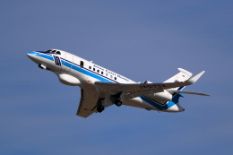 TAKAHIDEさんが、新潟空港で撮影した海上保安庁 Falcon 2000EXの航空フォト(飛行機 写真・画像)