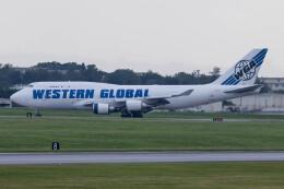 Koenig117さんが、嘉手納飛行場で撮影したウエスタン・グローバル・エアラインズ 747-446(BCF)の航空フォト(飛行機 写真・画像)
