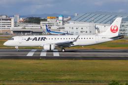 A.Tさんが、伊丹空港で撮影したジェイエア ERJ-190-100(ERJ-190STD)の航空フォト(飛行機 写真・画像)