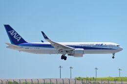 シグナス021さんが、羽田空港で撮影した全日空 767-381/ERの航空フォト(飛行機 写真・画像)