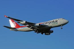 ちゃぽんさんが、成田国際空港で撮影したカーゴルクス・イタリア 747-4R7Fの航空フォト(飛行機 写真・画像)