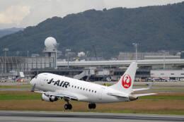 平凡なおっちゃんさんが、伊丹空港で撮影したジェイエア ERJ-170-100 (ERJ-170STD)の航空フォト(飛行機 写真・画像)