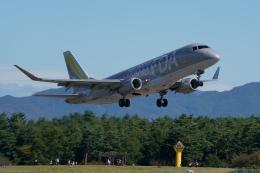 k・tomoさんが、松本空港で撮影したフジドリームエアラインズ ERJ-170-200 (ERJ-175STD)の航空フォト(飛行機 写真・画像)