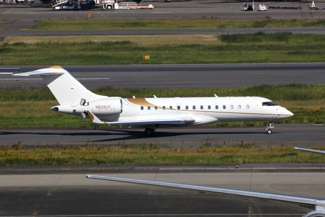 sin747さんが、羽田空港で撮影した不明 BD-700 Global Express/5000/6000の航空フォト(飛行機 写真・画像)