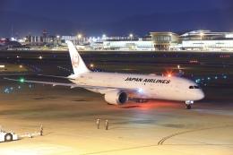 aki241012さんが、福岡空港で撮影した日本航空 787-8 Dreamlinerの航空フォト(飛行機 写真・画像)