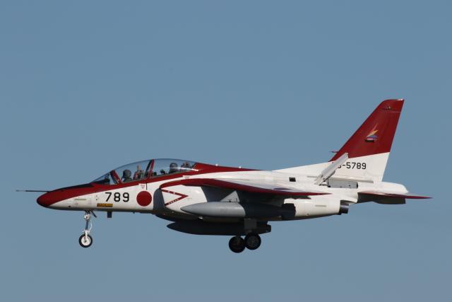 ゴンタさんが、入間飛行場で撮影した航空自衛隊 T-4の航空フォト(飛行機 写真・画像)