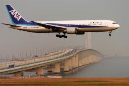 senyoさんが、関西国際空港で撮影した全日空 767-381の航空フォト(飛行機 写真・画像)