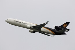 PW4090さんが、関西国際空港で撮影したUPS航空 MD-11Fの航空フォト(飛行機 写真・画像)