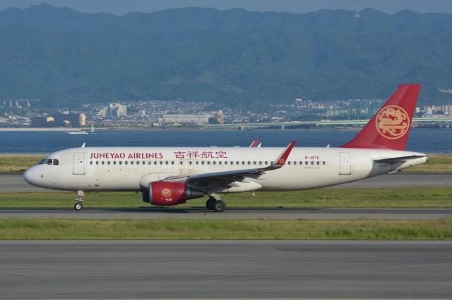 Deepさんが、関西国際空港で撮影した吉祥航空 A320-214の航空フォト(飛行機 写真・画像)