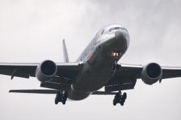 木人さんが、成田国際空港で撮影したアメリカン航空 777-223/ERの航空フォト(飛行機 写真・画像)