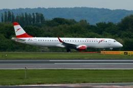 採れたてほしいもさんが、マンチェスター空港で撮影したオーストリア航空 ERJ-190-200 LR (ERJ-195LR)の航空フォト(飛行機 写真・画像)