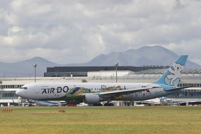 ほのことさんが、新千歳空港で撮影したAIR DO 767-381の航空フォト(飛行機 写真・画像)