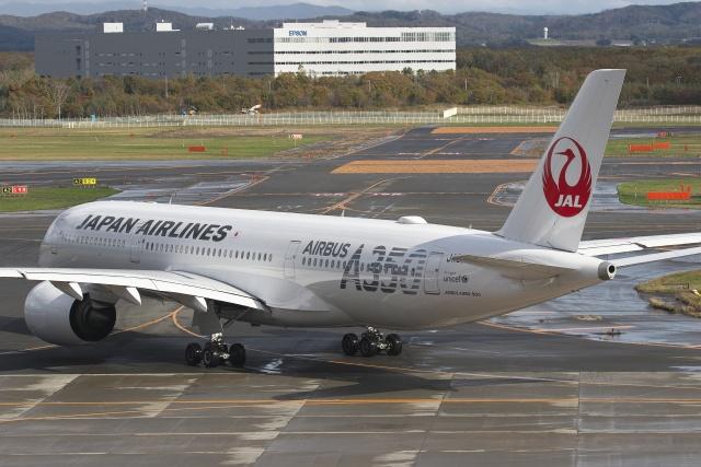 ほのことさんが、新千歳空港で撮影した日本航空 A350-941の航空フォト(飛行機 写真・画像)