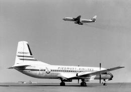 wetwingさんが、羽田空港で撮影した三井物産 YS-11A-205の航空フォト(飛行機 写真・画像)