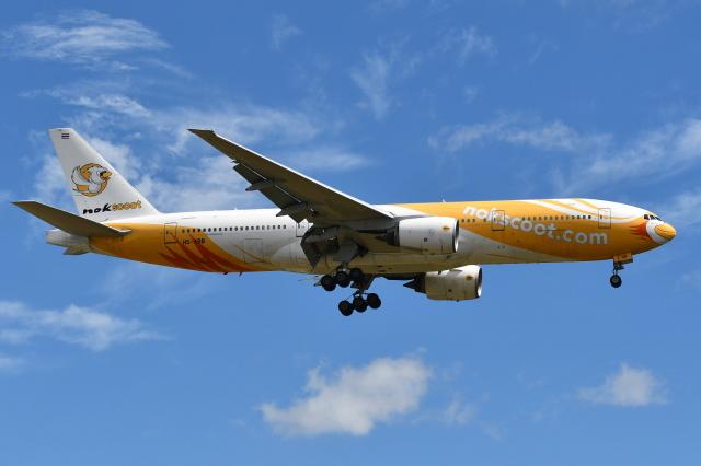 Deepさんが、成田国際空港で撮影したノックスクート 777-212/ERの航空フォト(飛行機 写真・画像)