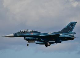 くつおばけくんさんが、松島基地で撮影した航空自衛隊 F-2Bの航空フォト(飛行機 写真・画像)