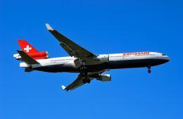 パール大山さんが、成田国際空港で撮影したスイス航空 MD-11の航空フォト(飛行機 写真・画像)