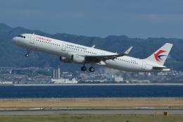 Deepさんが、関西国際空港で撮影した中国東方航空 A321-211の航空フォト(飛行機 写真・画像)