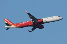 jutenLCFさんが、中部国際空港で撮影したベトジェットエア A321-271Nの航空フォト(飛行機 写真・画像)