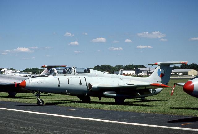 JAパイロットさんが、ウィットマンリージョナル空港で撮影した不明 L-29 Delfinの航空フォト(飛行機 写真・画像)