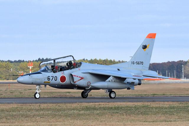 woodpeckerさんが、茨城空港で撮影した航空自衛隊 T-4の航空フォト(飛行機 写真・画像)