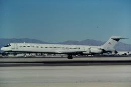 ゴンタさんが、マッカラン国際空港で撮影したアメリカン航空 MD-90-30の航空フォト(飛行機 写真・画像)