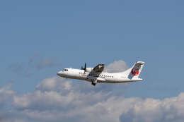 平凡なおっちゃんさんが、伊丹空港で撮影した日本エアコミューター ATR 42-600の航空フォト(飛行機 写真・画像)