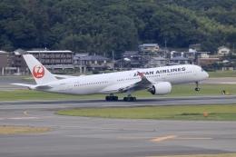 aki241012さんが、福岡空港で撮影した日本航空 A350-941の航空フォト(飛行機 写真・画像)