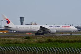 南国の防人さんが、成田国際空港で撮影した中国東方航空 777-39P/ERの航空フォト(飛行機 写真・画像)