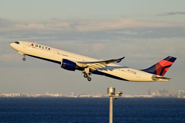 Frankspotterさんが、羽田空港で撮影したデルタ航空 A330-941の航空フォト(飛行機 写真・画像)