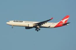 banshee02さんが、成田国際空港で撮影したカンタス航空 A330-303の航空フォト(飛行機 写真・画像)