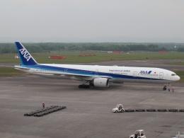 FT51ANさんが、新千歳空港で撮影した全日空 777-381の航空フォト(飛行機 写真・画像)