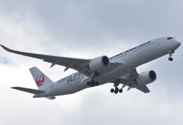takikoki50000さんが、伊丹空港で撮影した日本航空 A350-941の航空フォト(飛行機 写真・画像)