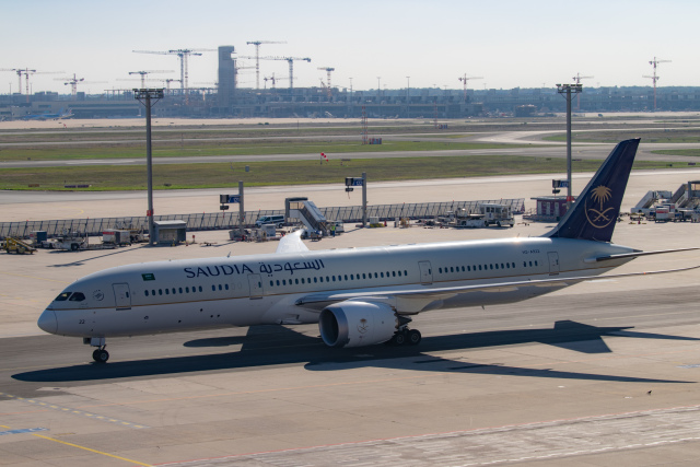 gomaさんが、フランクフルト国際空港で撮影したサウディア 787-9の航空フォト(飛行機 写真・画像)