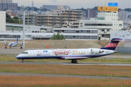 mat-matさんが、伊丹空港で撮影したアイベックスエアラインズ CL-600-2C10(CRJ-702)の航空フォト(飛行機 写真・画像)