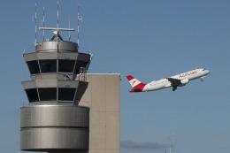 planetさんが、チューリッヒ空港で撮影したオーストリア航空 A320-214の航空フォト(飛行機 写真・画像)