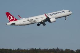 planetさんが、チューリッヒ空港で撮影したターキッシュ・エアラインズ A321-271NXの航空フォト(飛行機 写真・画像)