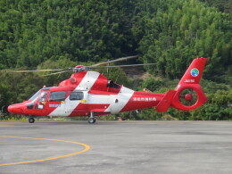 ランチパッドさんが、静岡ヘリポートで撮影した浜松市消防航空隊 AS365N3 Dauphin 2の航空フォト(飛行機 写真・画像)
