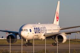 Tatsuya.Kさんが、羽田空港で撮影した日本航空 777-246の航空フォト(飛行機 写真・画像)