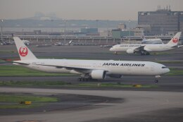 OS52さんが、羽田空港で撮影した日本航空 777-346/ERの航空フォト(飛行機 写真・画像)
