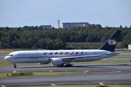 KAZFLYERさんが、成田国際空港で撮影したカーゴジェット・エアウェイズ 767-328/ER(BDSF)の航空フォト(飛行機 写真・画像)
