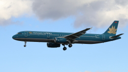 raichanさんが、成田国際空港で撮影したベトナム航空 A321-231の航空フォト(飛行機 写真・画像)