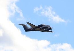 ハム太郎。さんが、成田国際空港で撮影した日本法人所有 B200 Super King Airの航空フォト(飛行機 写真・画像)
