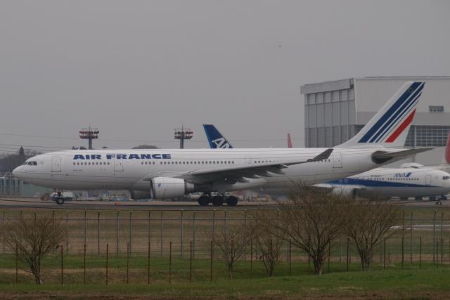 木人さんが、成田国際空港で撮影したエールフランス航空 A330-203の航空フォト(飛行機 写真・画像)