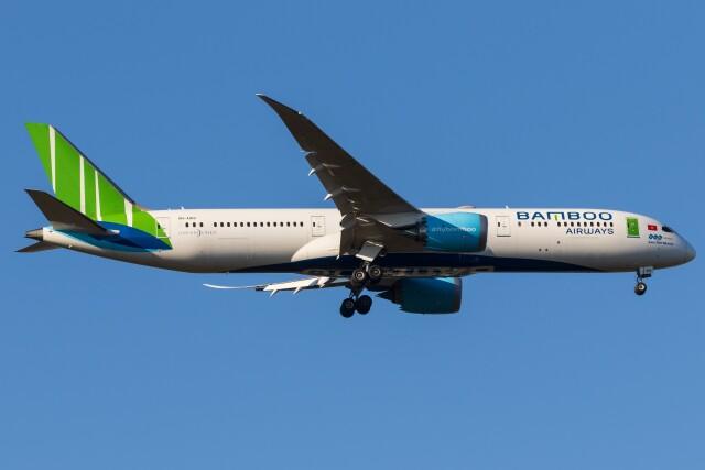walker2000さんが、成田国際空港で撮影したバンブー・エアウェイズ 787-9の航空フォト(飛行機 写真・画像)