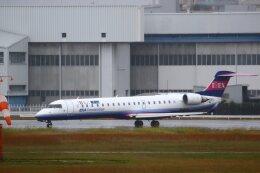 khideさんが、伊丹空港で撮影したアイベックスエアラインズ CL-600-2C10(CRJ-702)の航空フォト(飛行機 写真・画像)