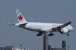 木人さんが、成田国際空港で撮影したエア・カナダ 777-233/LRの航空フォト(飛行機 写真・画像)