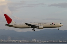 ☆H・I・J☆さんが、関西国際空港で撮影した日本航空 767-346/ERの航空フォト(飛行機 写真・画像)